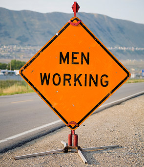 Men_working_0801